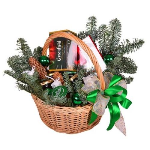 Купить на заказ Заказать Корзина «Подарок под елку» с доставкой по Экибастузу с доставкой в Экибастузе