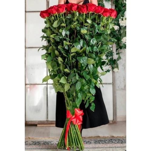 Купить на заказ Заказать 15 полтораметровых роз с доставкой по Экибастузу с доставкой в Экибастузе