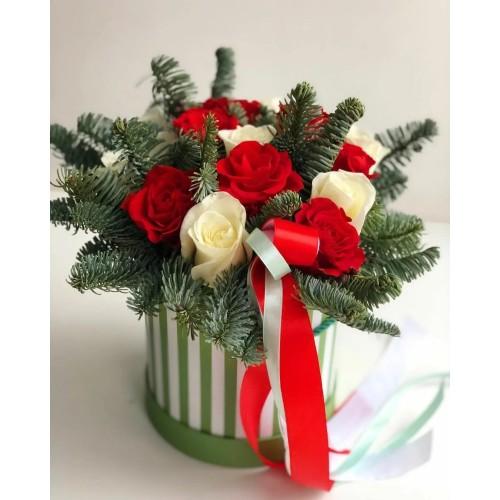 Купить на заказ Заказать Букет «Яркое Рождество» с доставкой по Экибастузу с доставкой в Экибастузе