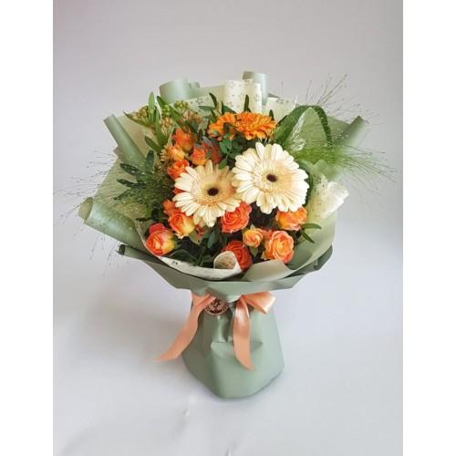 Купить на заказ Заказать Mini bouquet 3 с доставкой по Экибастузу с доставкой в Экибастузе