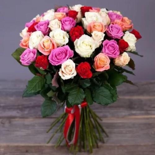 Купить на заказ Заказать Букет из 31 розы (микс) с доставкой по Экибастузу с доставкой в Экибастузе