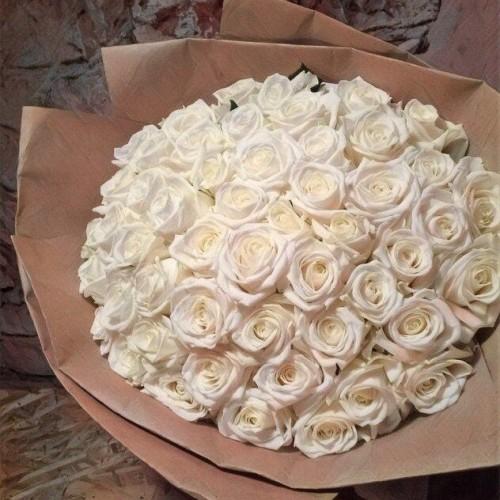 Купить на заказ Заказать Букет из 101 белой розы с доставкой по Экибастузу с доставкой в Экибастузе